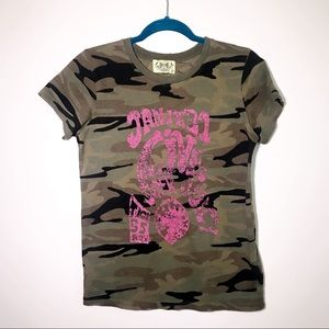 Juicy Couture camo concert t-shirt size large
